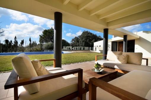 Casa de campo moderna con vistas...