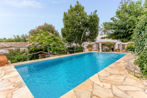 Bonita finca menorquina con piscina en Es...