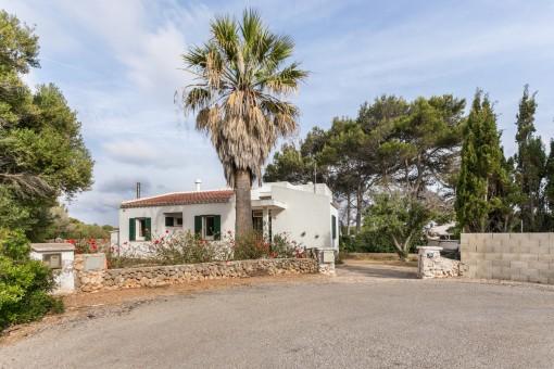 Bonita casa con vista al mar en Cap d'en Font, cerca de Es Caló Blanc y Cala Binisafuller